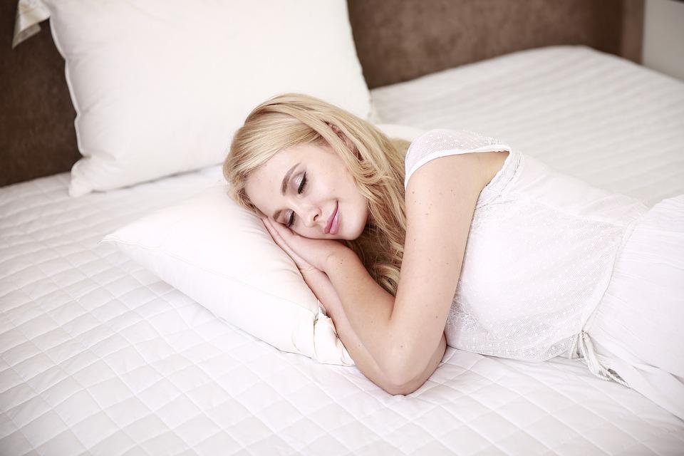 【仕事中に眠気で意識飛ぶ!】強烈な眠気でひどいです!おすすめ対策など