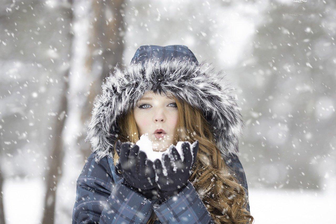 関東・東京周辺の積雪予想!JRや飛行状況・運休・運行情報!備えたいアイテムも