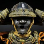 【兜】折り紙で簡単な折り方!【英語の説明付き】How to make Kabuto(samurai helmet).