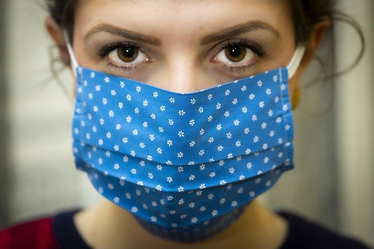 【口が臭い】英語で口臭を何て言う?dog breath回避の予防ケアは大切です!