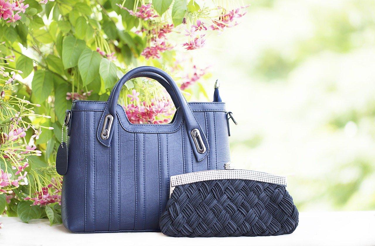 【キャッシュレスはミニ財布】レディースのハイブランドおすすめ11選!