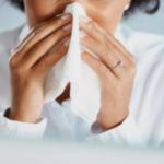 【花粉症対策グッズ】首から下げれる携帯型空気清浄機おすすめアイテム5選!口コミ・効果も