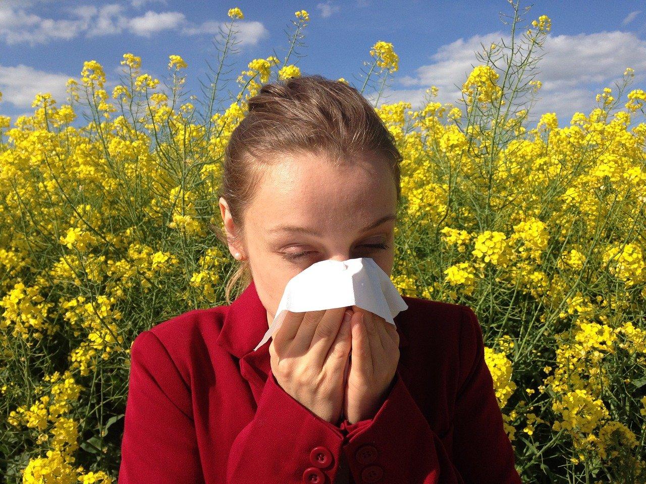 【花粉ブロックスプレー】コーセー・フマキラーなどおすすめ5選!口コミは?子供用も