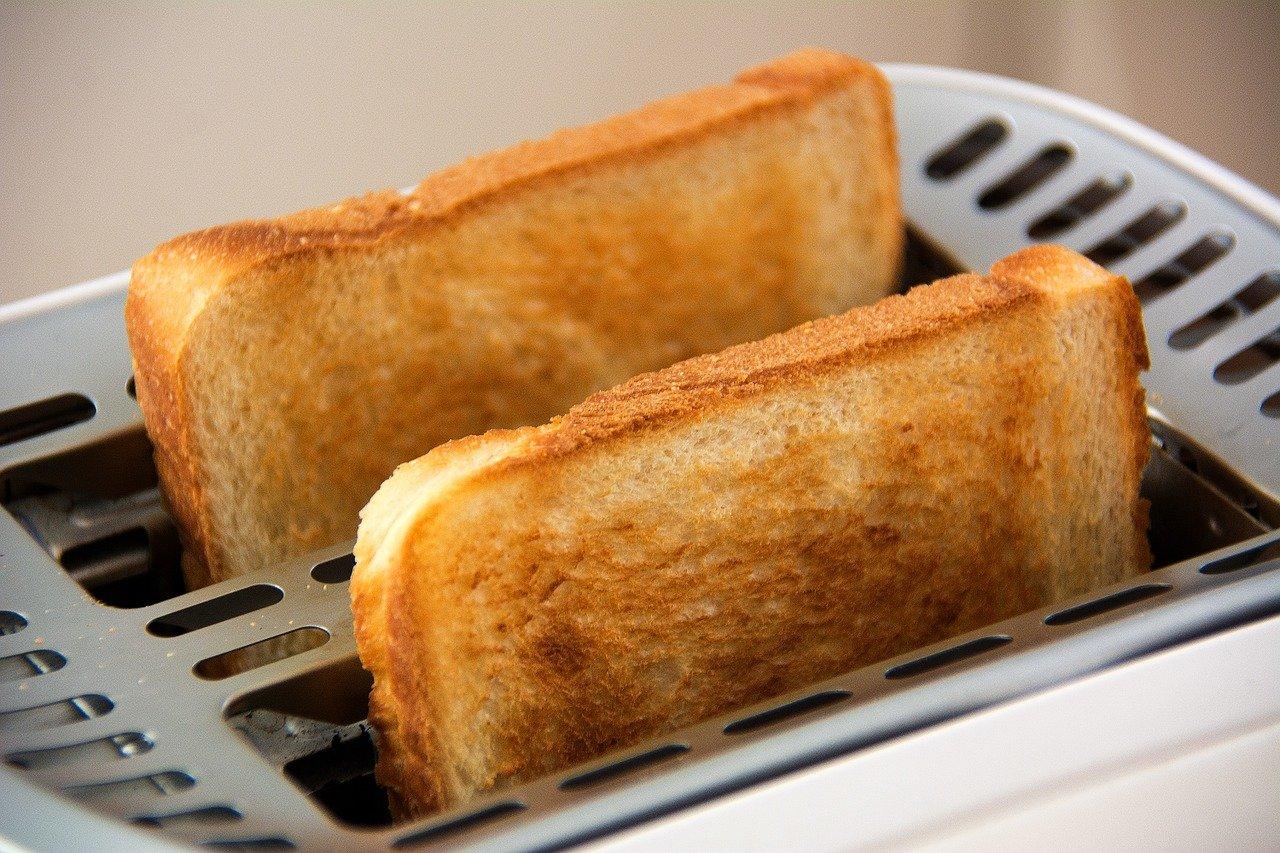 「食パンとコーヒー」でホッと一息を楽しむ